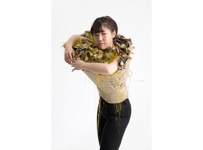 Workshop, Jewellery, Jewelry, schmuck workshop, Denise Reytan, Reytan, Hiko Mizuno College, Tokyo, we are golden, mika, gold, collage, precious plastic, staging, performance