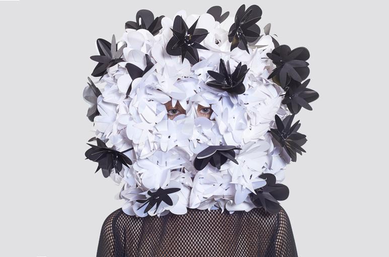 Plastic Poem, Workshop, ArtEZ, Productdesign, design workshop, student workshop, haute couture, style, jewellery, jewelery, sculptural, transform, poems, Denise Reytan, Reytan, staging, artjewellery, contemporary jewelry, reytan jewellery, Denise Julia Re