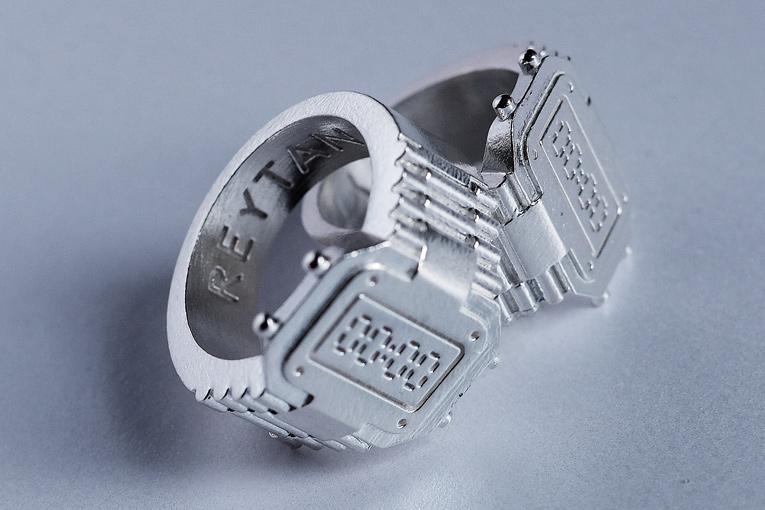 denise reytan, reytan, reytan jewellery, berlin schmuck, schmuckdesigner, berlin design, designschmuck, juwelen berlin, berlin jewellery jewelry, silver ring, timepeace ring,